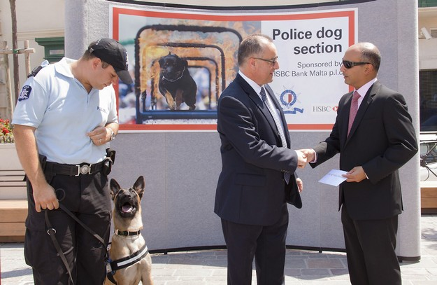 Police Dogs Section recruits police dogs with HSBC support