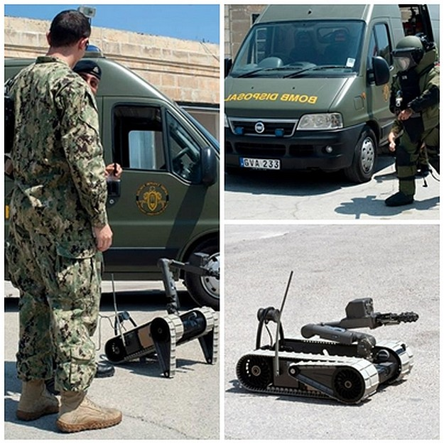 AFM and US Navy share practices in EOD capabilities