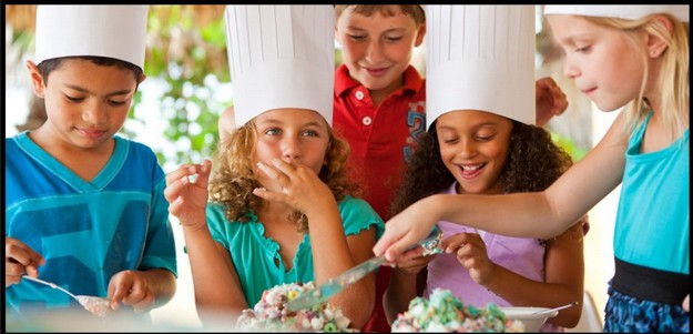 Cooking time for children at Kempinski Hotel San Lawrenz