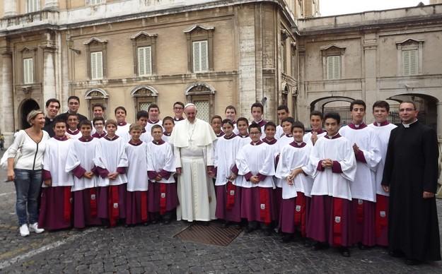 25 Maltese boys offer service in Saint Peter's Basilica, Rome