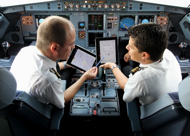 Air Malta upgrade to iPad Electronic Flight Bag in the cockpit