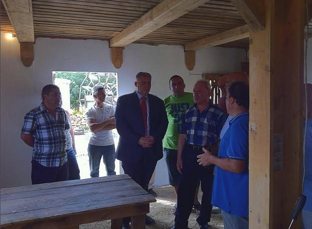 Gozo Minister visits work on 'Bethlehem f'Ghajnsielem' Nativity Village