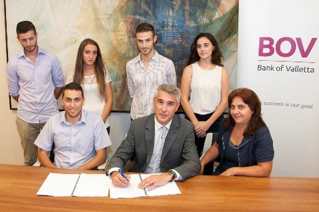 BOV enters into an agreement with the Gozo University Group
