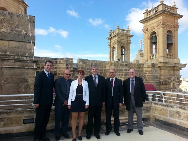 EU Commissioner Tonio Borg visits Il-Hagar Museum in Victoria