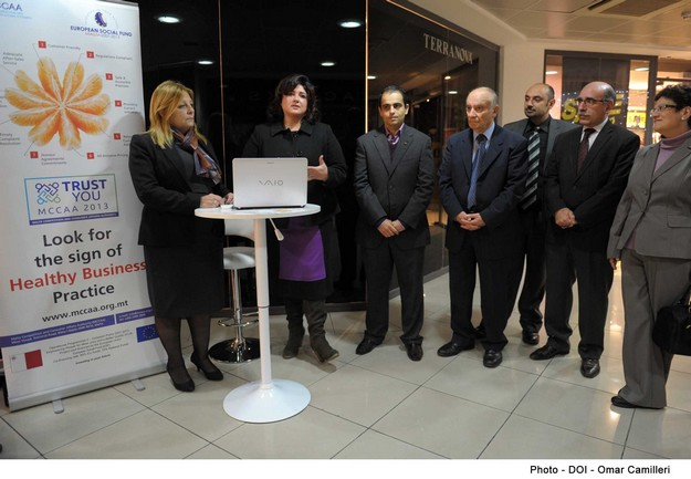 Information kiosks pilot project launched for consumers & businesses