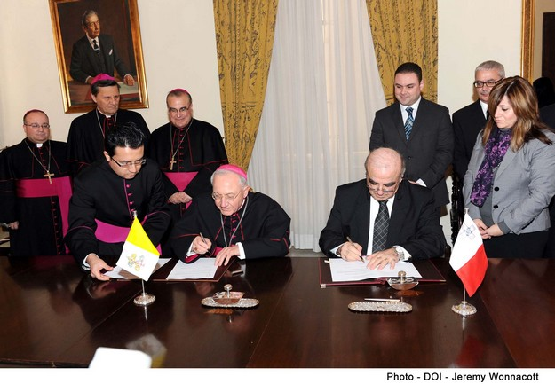 Revised agreement on marriage signed by Malta & Holy See