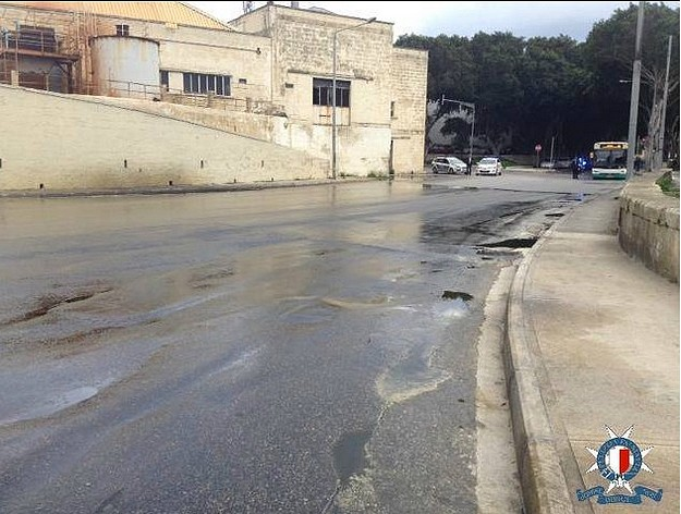 Buses delayed by chemical spill in Marsa's Aldo Moro Road