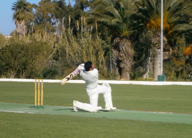 Fine weather for winter league cricket between Marsa & Krishna