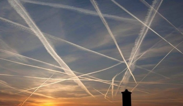 Gaia Foundation questions increased number of aircraft contrails