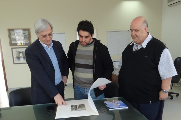 Donation of books presented to the Gozo School of Art