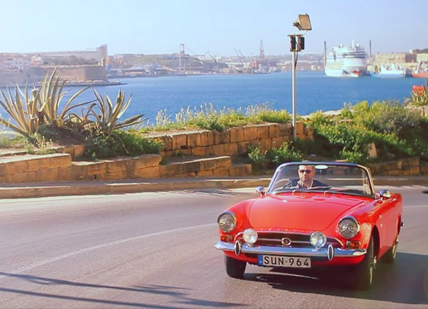 """Joseph Calleja: """"There's no place like Malta"""" a new Air Malta video"""