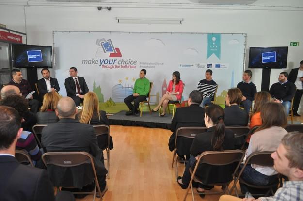 MEPs and MEP candidates exchange views in LYV debate