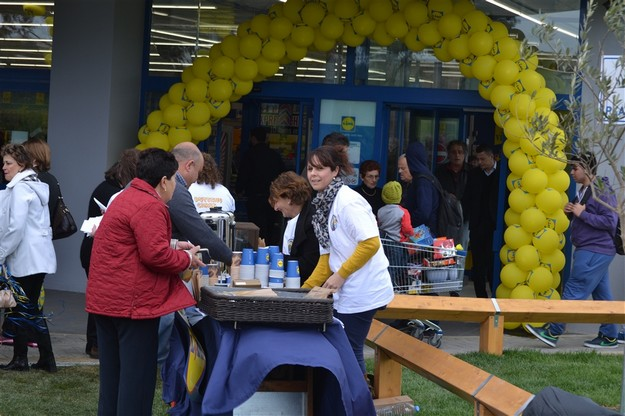 Locals share their generosity at the new Lidl store in Gozo
