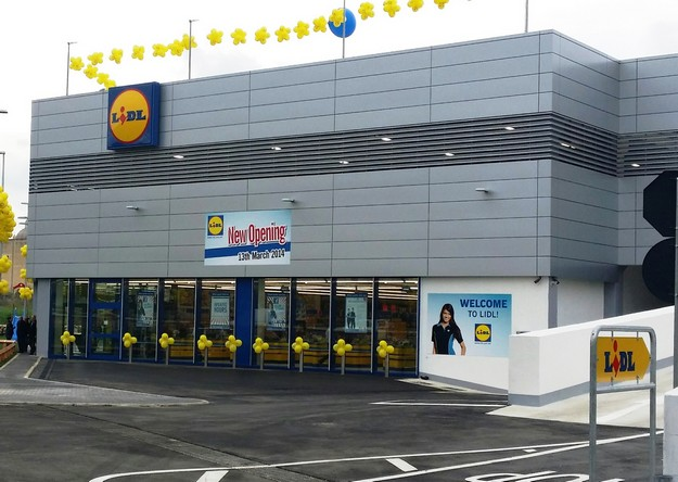 Lidl opens its doors to Gozo shoppers on busy first day