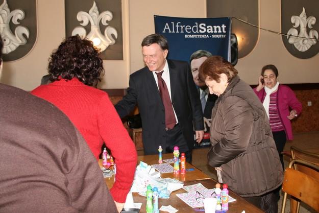 Gozitan family run businesses need further encouragement, says Sant