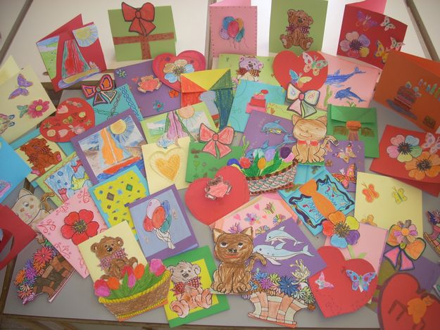 Gozo College Primary students make greetings cards for persons at Kordin