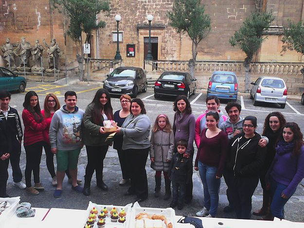 Gozo College Primary students make greetings cards for inmates at Kordin