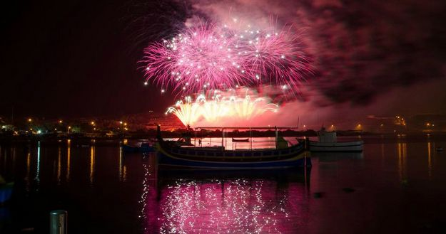 Extended bus services announced for the Fireworks Festival