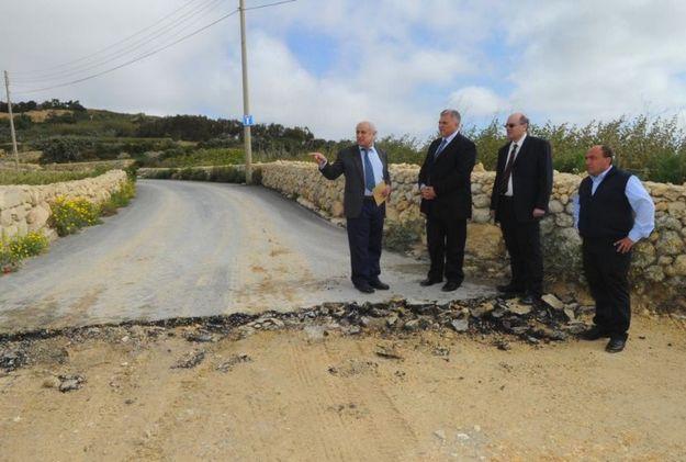 Work resumes in Triq Ghar Ilma, Santa Lucija, Gozo