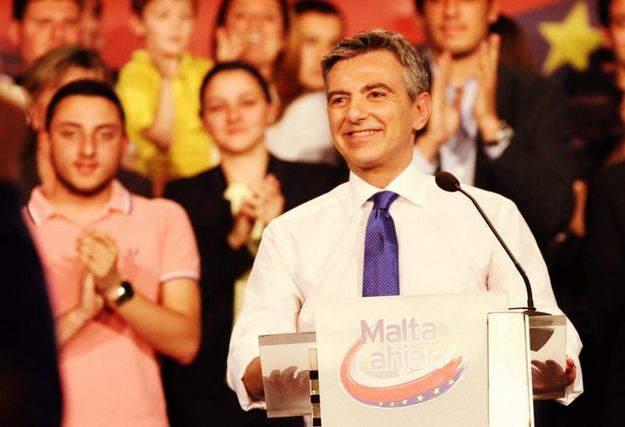 The Prime Minister is being dishonest about Gozo - Simon Busuttil