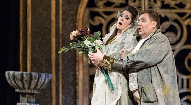 Performance of Tosca is described as a 'resounding success'
