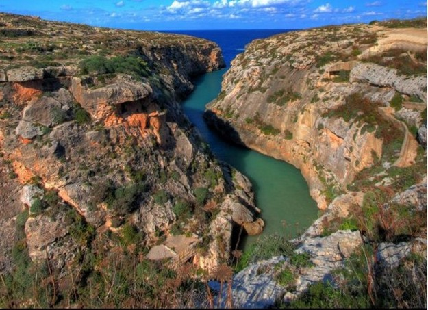 Gozo valleys and cliffs clean-up underway with launch of new scheme