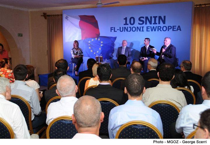The economic, social & political impact of EU membership for Gozo