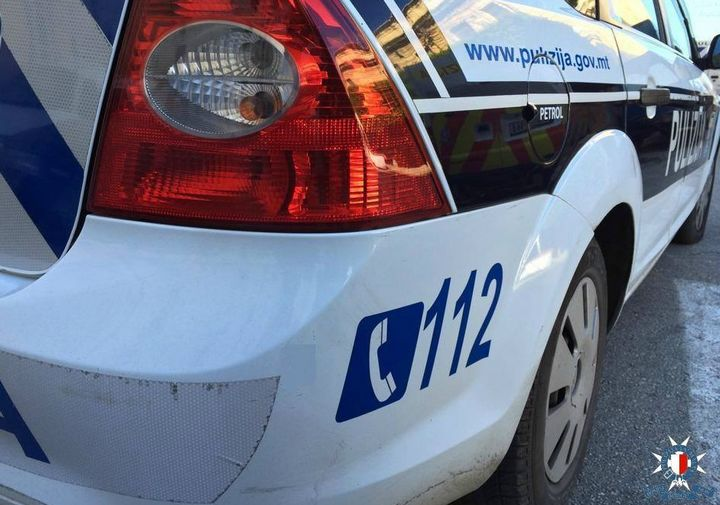 Malta Police escort wanted man back to Malta from Sicily
