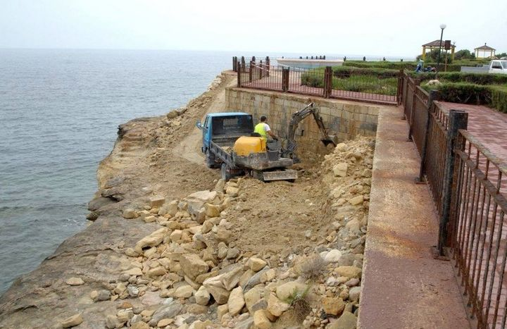 Upgrading and cleaning work underway at Qbajjar Promenade