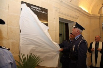 Commemorative plaque unveiled marking 200th anniversary of Malta Police