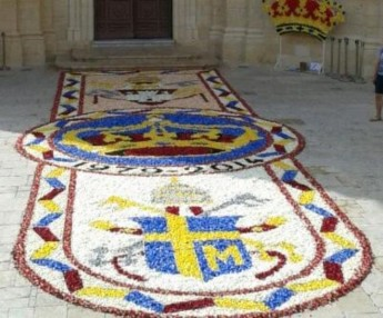 Gharb Infiorata celebrates 2 Popes & titular painting's anniversary