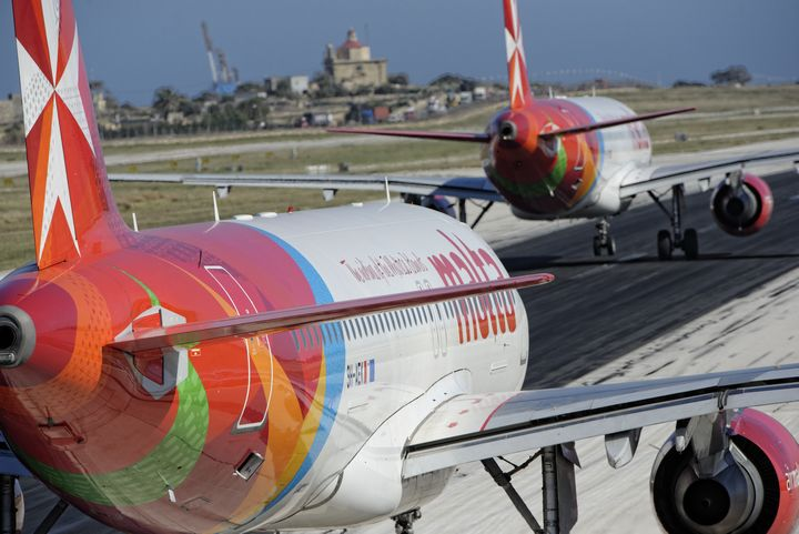 Air Malta flight to Manchester turns back with a cracked window