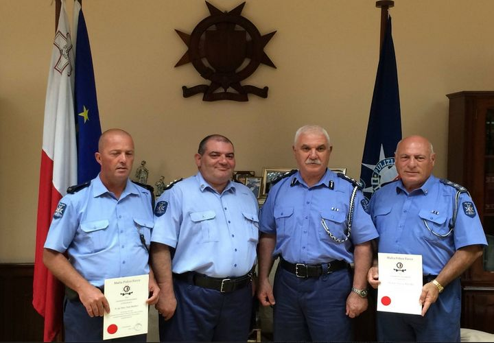 Police officers awarded Certificate of Merit for arresting stork shooter
