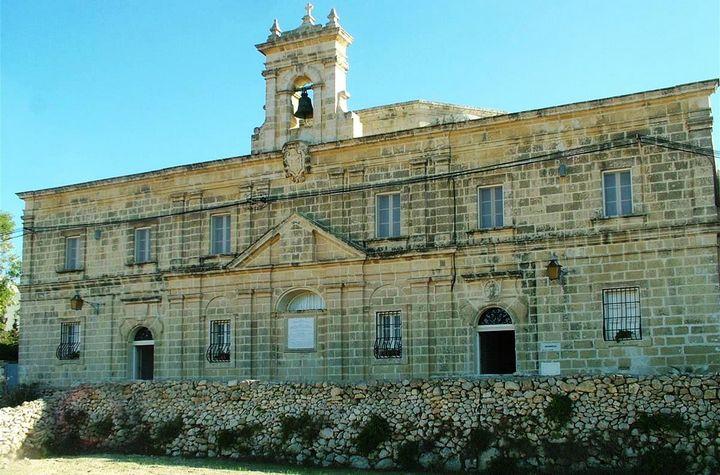 Bishop Grech appoints Fr Alex Refalo resident diocesan priest at Manresa
