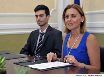 Government buys Gozo opera tickets for the elderly - Dr Justyne Caruana