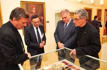 Bishop Grech & Gozo Minister visit 150th anniversary Commemorative Exhibition