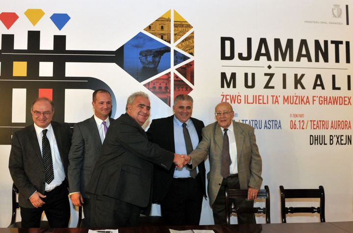 The two Gozitan Theatres unite to stage DJAMANTI MUZIKALI