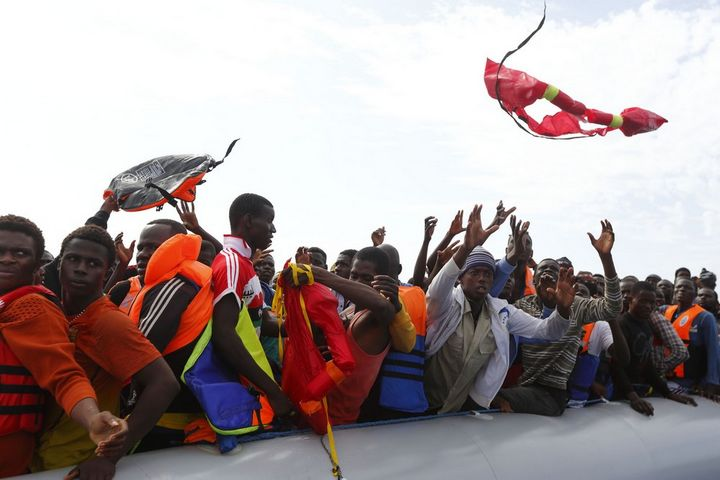 MOAS rescues 196 migrants from 2 rubber dinghies