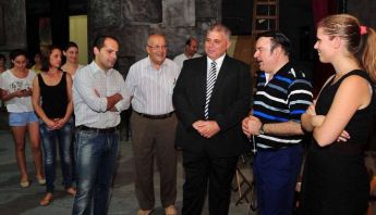 Gozo Minister visits Astra Theatre during preparations for the opera Nabucco