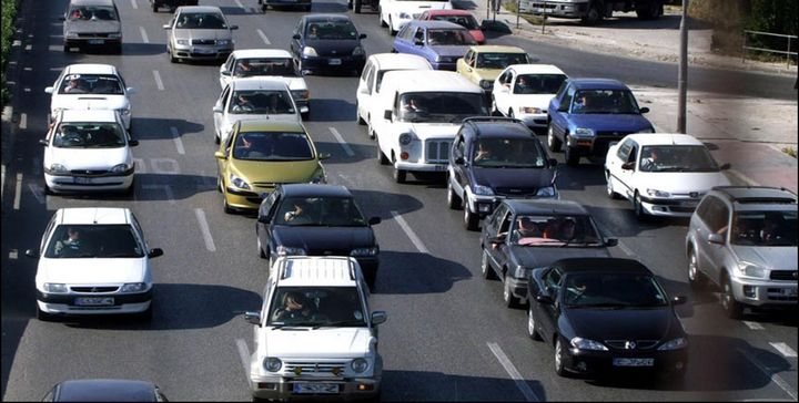Licensed vehicles increase at an average rate of 33 per day