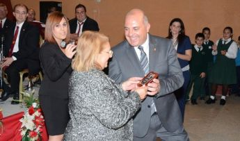 Mikelangelo Camilleri presented with the Gieh ix-Xewkija Award
