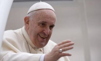 Pope Francis thanks voluntary workers across the globe