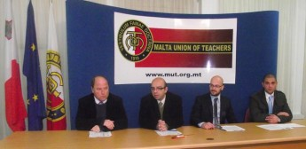 Educators spend average of €220 yearly on work-related resources - MUT