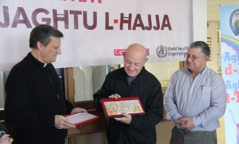 Gozo Bishop commends Mgr Salv Grima on his 128 donations of blood