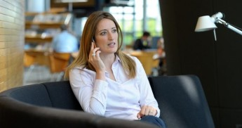 Moves to postpone the end of roaming fees are unacceptable - Metsola