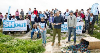 """SHout rally with families & walkers in Dingli, say """"it's our countryside too"""""""
