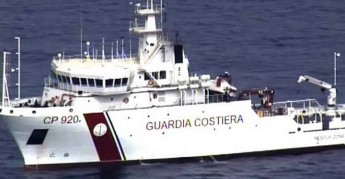 Italian coast guard patrol boat arrives in Malta with bodies of migrants
