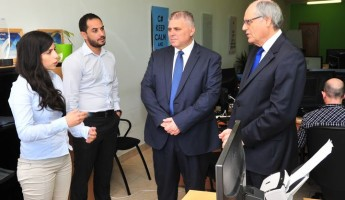 Ministers Anton Refalo and Edward Scicluna visit Thynk Software in Gozo