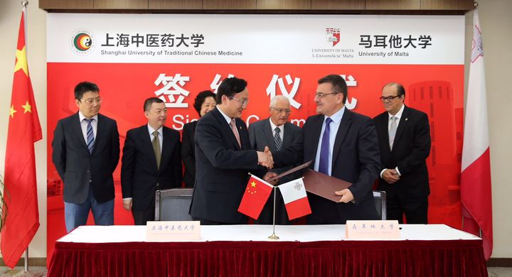 Agreement signed for traditional Chinese Medical Centre at Msida Campus