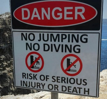 TM refreshes warning signs against jumping off Comino's cliffs
